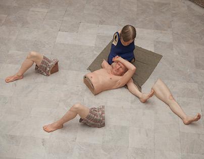 Montagem Ron Mueck - Pinacoteca