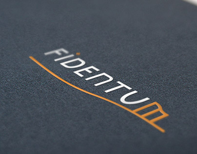 Papelería y logotipo