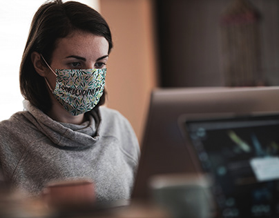 Working in Face Mask Mockup [Free PSD]