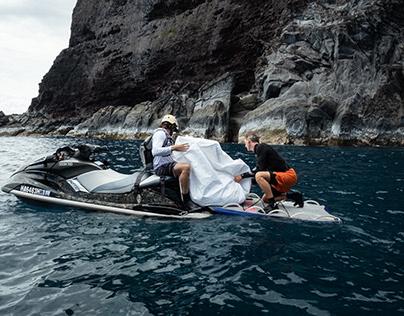 hard reach clean up w. love the sea.