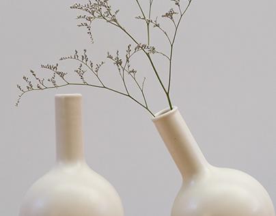 BOLA vase