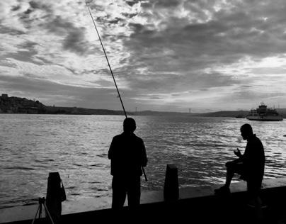 Eminönü Sahilde Balıkçılar