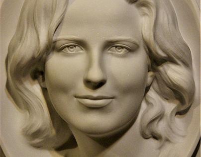 Female portrait, marble, 2019