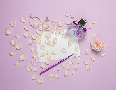 Stop motion for cosmetics and parfume online-shop