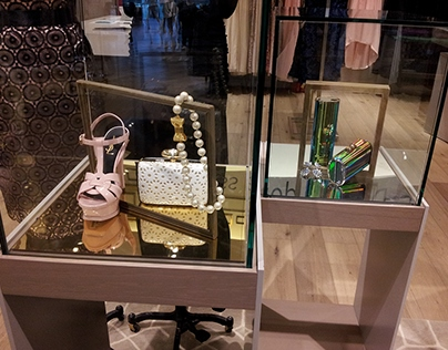 Accessory Styling & Displays