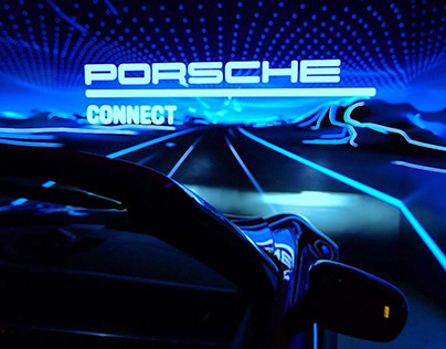 Porsche Connect — Immersive Installation