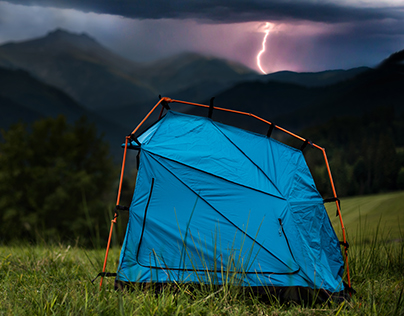 BOLT - mobile lightning protective shelter