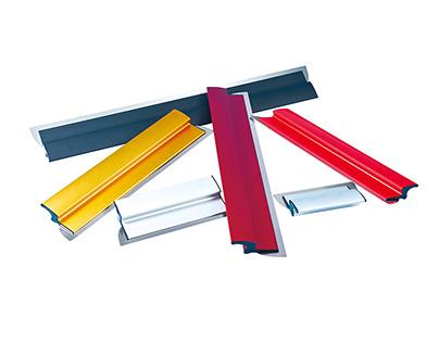 Drywall skiming spatula