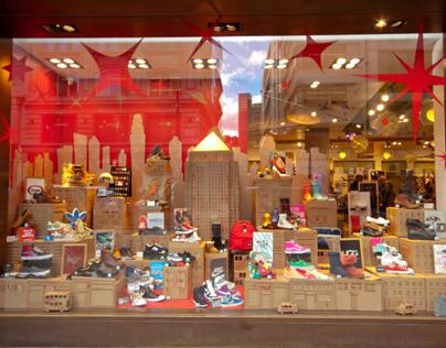 Schuh Oxford St. London Window