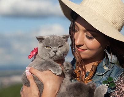 Даша и котейка Лола