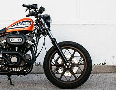 Harley Davidson - Sportster 883R Street Tracker