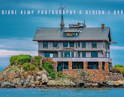 Clingstone - house on a rock in Narragansett Bay