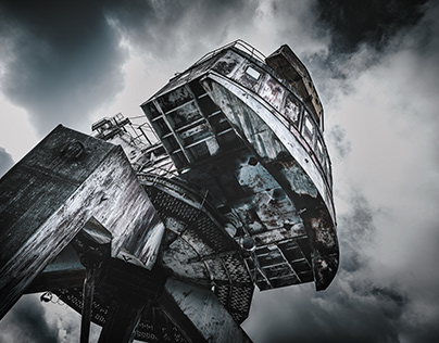 CHERNOBYL EXCLUSION ZONE / CRANES
