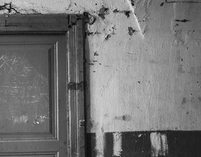 old doorways 2004 / 01