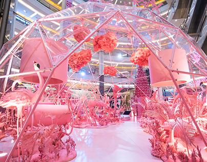 Pink Paradise - X-mas VM Mall Decor Installation