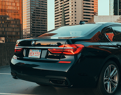 BMW - 2017 740i M PACKAGE