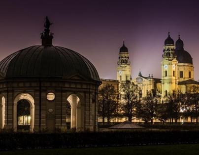 Hofgarten at Night