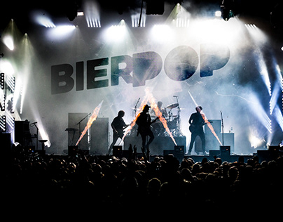 Logo and style for Bierpop festival.