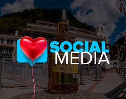 Social Media Ron SantaFe