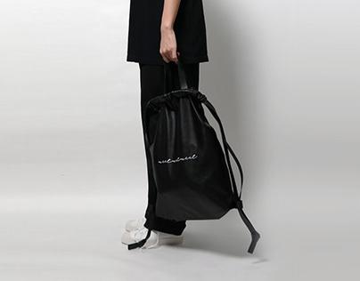 BAG : a merchant