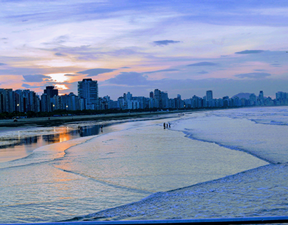 nascer do sol na praia de Santos