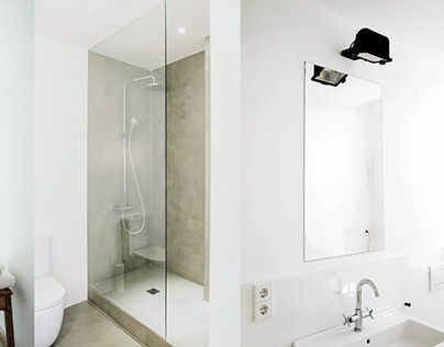 Minimal, Timeless Bathrooms