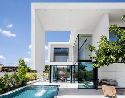 X6 – Two in one, houses by Raz Melamed Architect