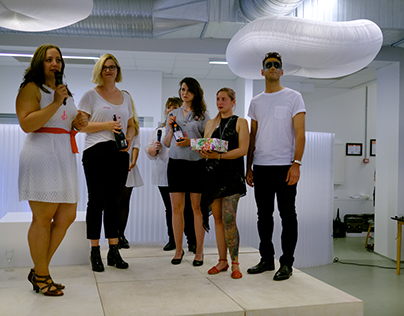 Meaningful Jewellery Devices: Fashion Show & Education