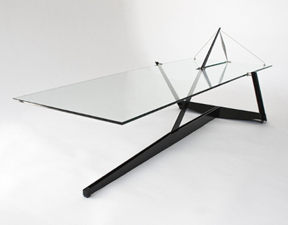 Moment coffee table