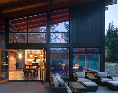 Tumble Creek Cabin by Coates Design Seattle Architects