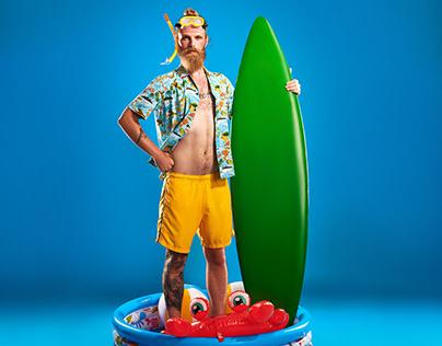 Surfer / Editorial