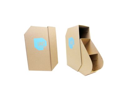 Unit apparel packaging: Flats