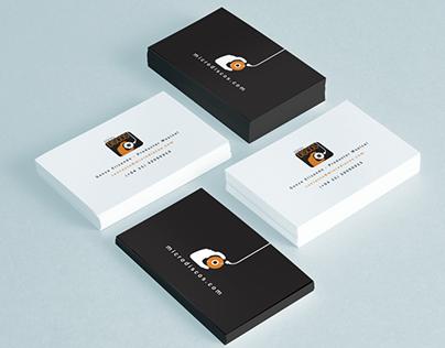 MicroDiscos -Diseño de Logo y Tarjetas Personales