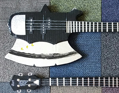 Gene Simmons Axe Bass