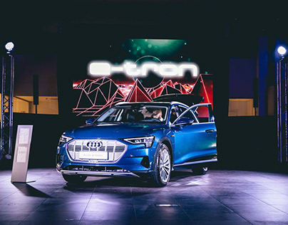 VIDEO/PHOTO - Audi / New Audi E-Tron
