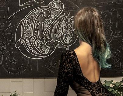 "Victorian chalkboard lettering ""Nossa cozinha"""