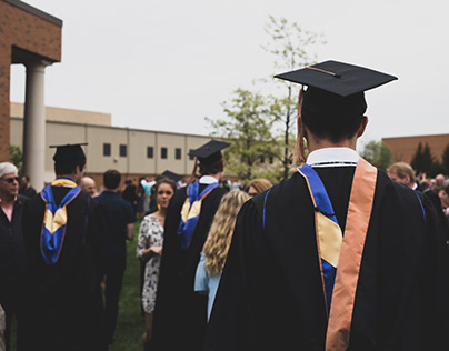 Partnering With a Financial Advisor for College Savings