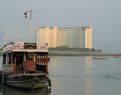 Where the Tonle Sap and the Mekong River meet, Cambodia
