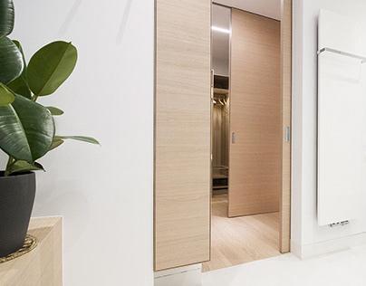 Minimalistyczna łazienka gości / szyba inteligentna