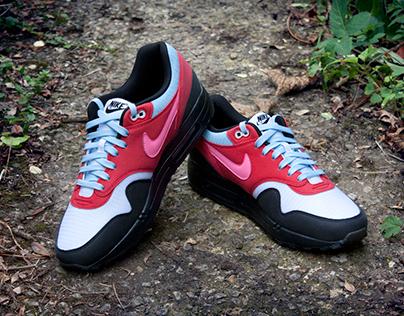d1acfb996d7f Nike Air Max 1 x Parra  Running Man  Custom