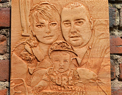 Wooden carved photo on Cvetelina's frends