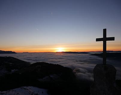 Photos : Montagne, mer de nuages