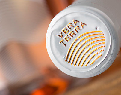 Vera Terra Wine Label Design by the Labelmaker