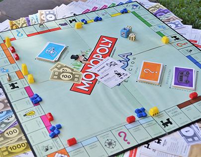 Monopoly MEGA Edition · Español