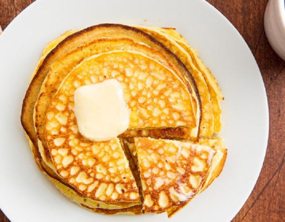 Keto pancakes made of eggs, cheese and almond flour