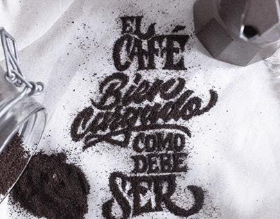 CAFÉ CARGADO - LETTERING