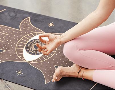Magical yoga mats for every woman | Moonholi