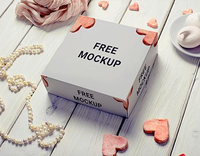 Free White box mockup
