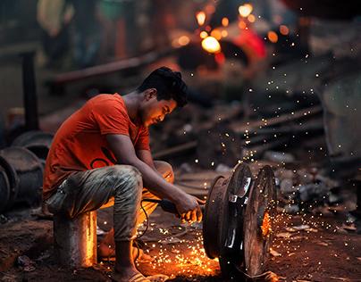 Life in debris - Dhaka Shipyard