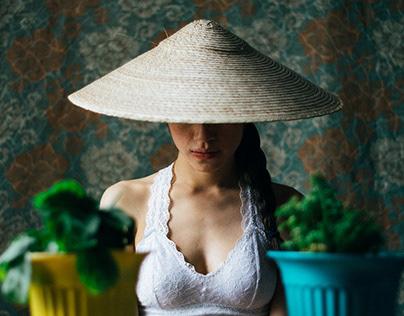 Helúe & Hat